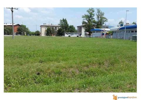 Prodajem gradjevinsko zemljište u Vršcu