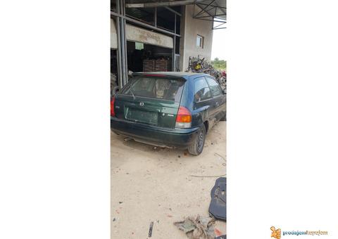 Mazda 323 F U Delovima