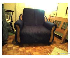 Prodajem fotelju krevet na razvlacenje.