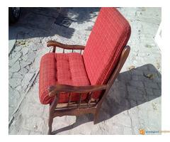 Prodajem fotelju 1200 din.