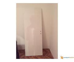 Bela sobna vrata