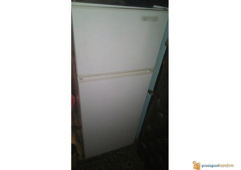 Prodajem frizider zamrzivac Gorenje