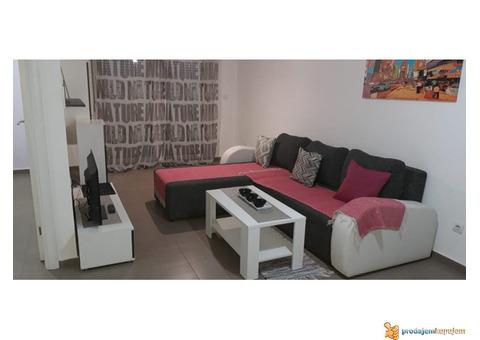 Izdajem na dan dvosobne apartmane, Novi Beograd