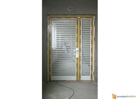 PVC stolarija REHAU, izrada po meri, prodaja i montaza Beograd, PVC prozori, PVC balkonska vrata, PV