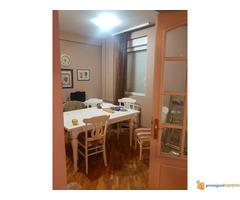 Iznajmljujem stan u Zemunu, Prvomajska, 60 m2 cg ,1. sprat, ...