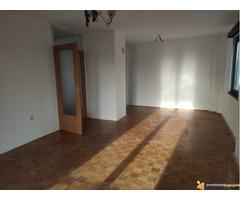 Dvosoban stan 54 m2 u Vrčinu 30000 evra