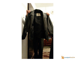 Povoljno prodajem DVE muške kožne jakne