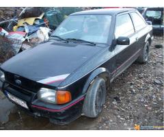 Ford 4 delovi