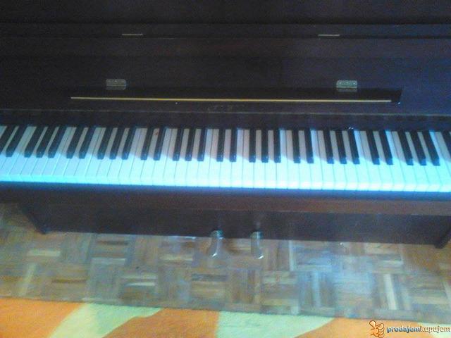 """Prodajem pianino marke """"GEYER"""" - 1/4"""
