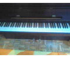 """Prodajem pianino marke """"GEYER"""" - Slika 1/4"""