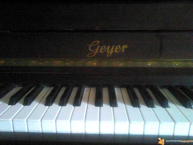 """Prodajem pianino marke """"GEYER"""" - 2/4"""