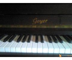 """Prodajem pianino marke """"GEYER"""" - Slika 2/4"""