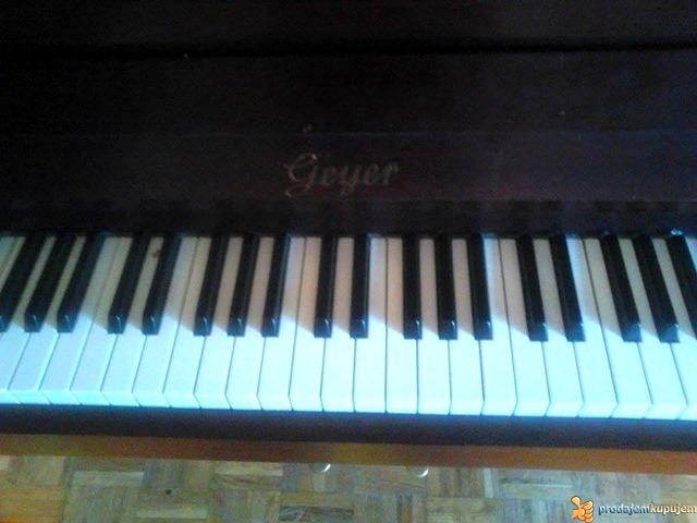 """Prodajem pianino marke """"GEYER"""" - 4/4"""