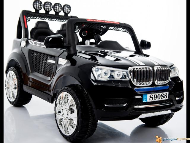 BMW X5 Off-Road auto za decu na akumulator 12V dvosed Crni - 2/2