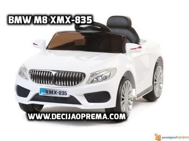 BMW M8 xmx 835 Auto na akumulator sa daljinskim Beli - 1/1