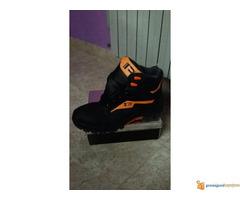 HTZ cipele nove