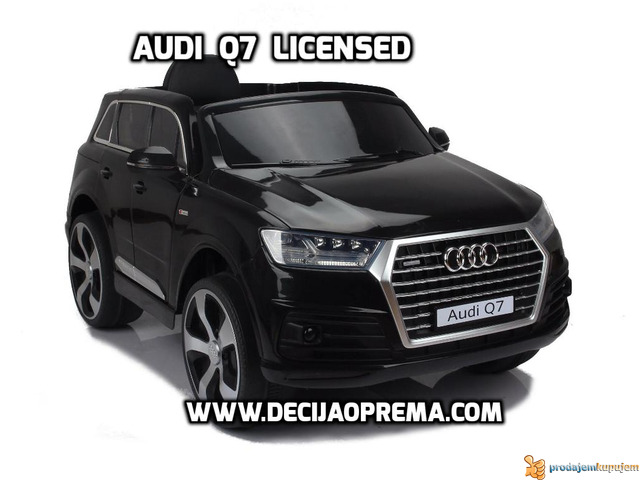 Audi Q7 Licensed na akumulator za decu Crni - 1/3