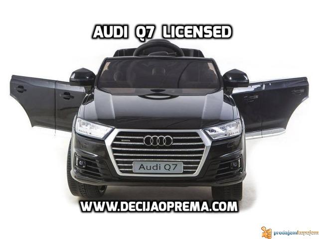 Audi Q7 Licensed na akumulator za decu Crni - 2/3