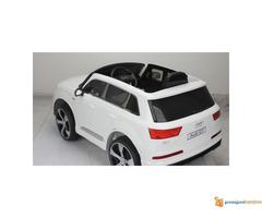 Audi Q7 Licensed na akumulator za decu Beli - Slika 2/3