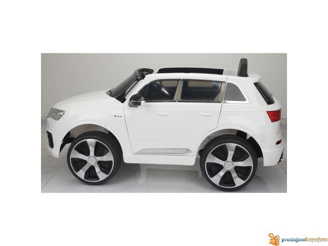 Audi Q7 Licensed na akumulator za decu Beli - 3/3