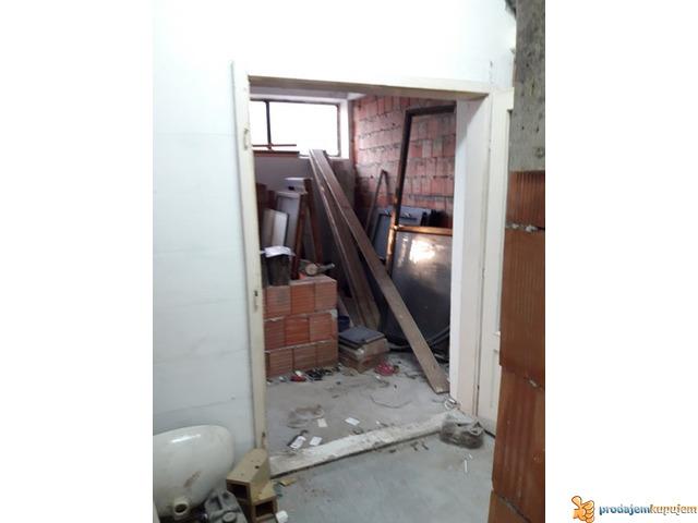 Stan od 60 m2 u prizemlju u D.Vrežini u Nišu! - 3/3