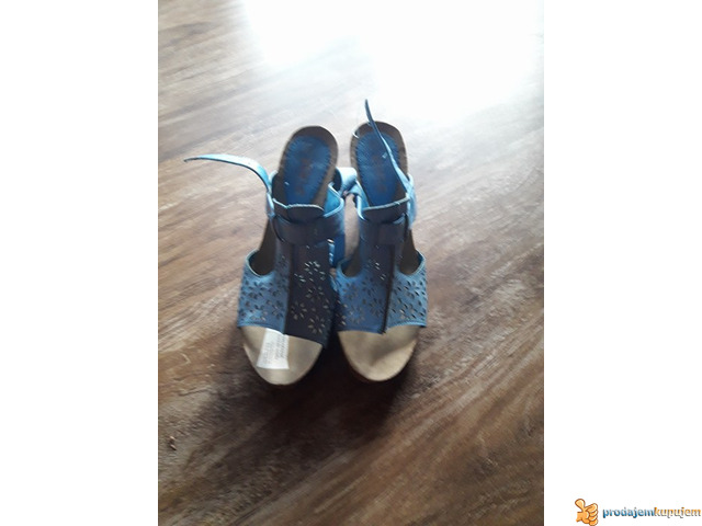 nove sandale - 2/2