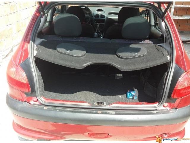 Peugeot 206 1.4 B Kompletan Auto u Delovima - 3/3