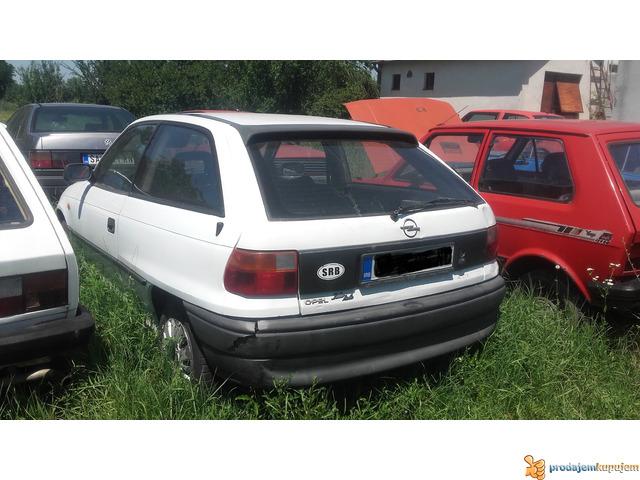 Opel astra F delovi - 1/1