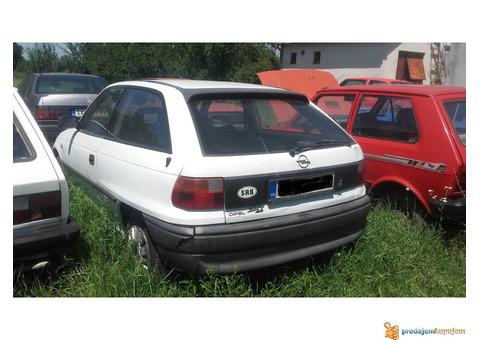 Opel astra F delovi