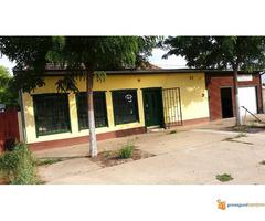 Kuća u Čurugu za biznis i užitak