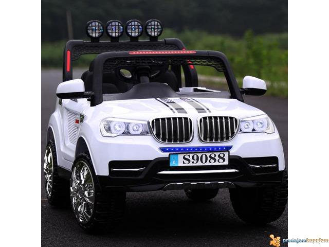 BMW X5 Style Off-Road auto za decu na akumulator 12V dvosed - 3/3