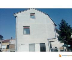 Kuća od 200 m2 na placu od 1,5 ari u Nišu!