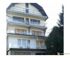 POVOLJNO!!!Kuća od 350 m2 na 2,5 ari Palilula u Nišu!!