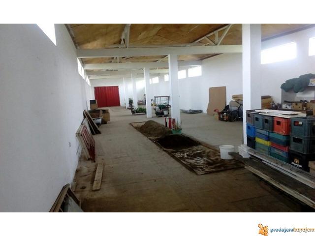 Stambeno-poslovni prostor od 1250 m2 na 18 ari u blizini Niša! - 1/7