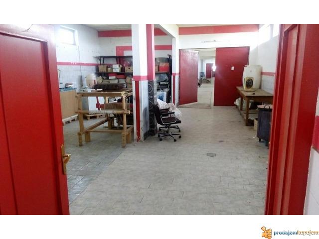 Stambeno-poslovni prostor od 1250 m2 na 18 ari u blizini Niša! - 3/7