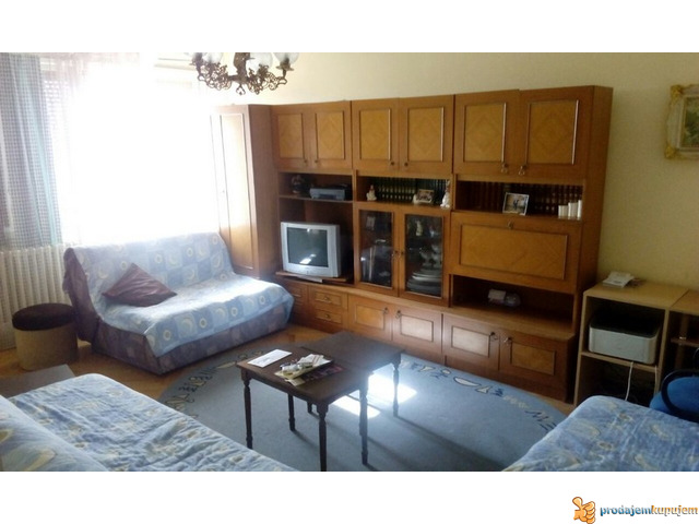 2,5 stan od 70 m2 na XIII spratu u Centru Niša!!! - 1/7