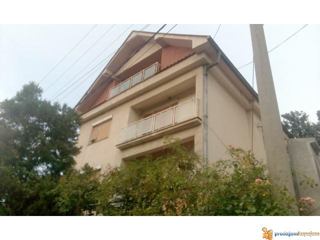Kuće od 240 m2 i 70 m2 na 5 ari na Paliluli u Nišu! - 2/7