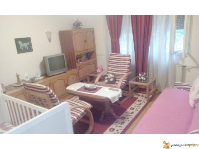 Kuće od 240 m2 i 70 m2 na 5 ari na Paliluli u Nišu! - 5/7